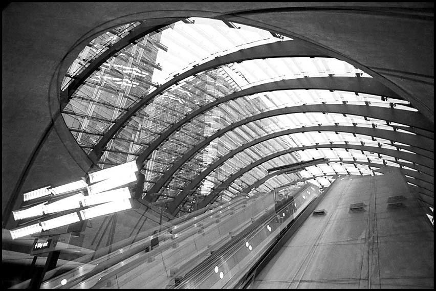 London, Canary Wharf Subway